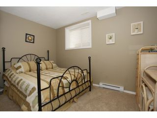 Photo 18: 19479 66A AV in Surrey: Clayton House for sale (Cloverdale)  : MLS®# F1409751