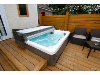 Photo 3: 617 Atlantic Avenue in WINNIPEG: North End Residential for sale (North West Winnipeg)  : MLS®# 1417464