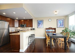 Photo 5: # 1302 1483 W 7TH AV in Vancouver: Fairview VW Condo  (Vancouver West)  : MLS®# V1052673