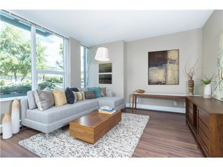 Photo 3: 1641 EASTERN AV in North Vancouver: Central Lonsdale Condo for sale : MLS®# V1131794