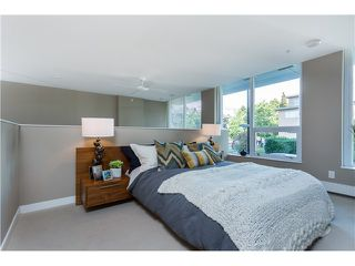 Photo 11: 1641 EASTERN AV in North Vancouver: Central Lonsdale Condo for sale : MLS®# V1131794