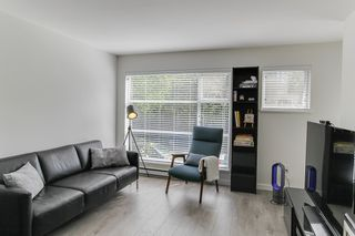 Photo 3: 206 2815 YEW STREET in Vancouver: Kitsilano Condo for sale (Vancouver West)  : MLS®# R2064254
