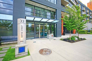 Photo 1: 801 33 Smithe Street in Vancouver: Yaletown Condo for sale (Vancouver West)  : MLS®# R2158376