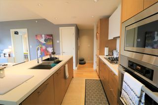 Photo 4: 302 888 ARTHUR ERICKSON PLACE in West Vancouver: Park Royal Condo for sale : MLS®# R2349158