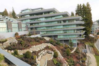 Photo 1: 302 888 ARTHUR ERICKSON PLACE in West Vancouver: Park Royal Condo for sale : MLS®# R2349158