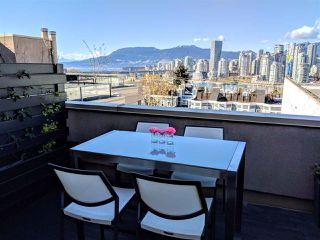 Photo 1: 305 1082 W 8TH AVENUE in Vancouver: Fairview VW Condo for sale (Vancouver West)  : MLS®# R2356802