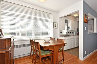 Photo 10: 311 1975 PENDRELL Street in West Vancouver: West End VW Condo for sale (Vancouver West)  : MLS®# R2396117