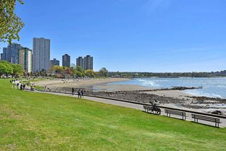 Photo 20: 311 1975 PENDRELL Street in West Vancouver: West End VW Condo for sale (Vancouver West)  : MLS®# R2396117