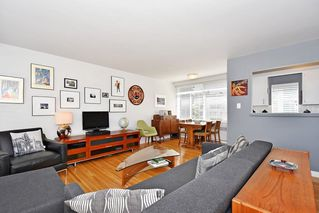 Photo 8: 311 1975 PENDRELL Street in West Vancouver: West End VW Condo for sale (Vancouver West)  : MLS®# R2396117