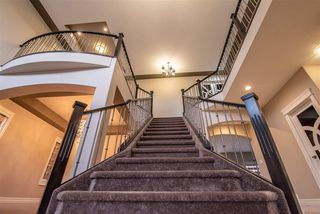 Photo 2: 1721 ADAMSON Crescent in Edmonton: Zone 55 House for sale : MLS®# E4132231