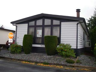 Photo 2: 10 2303 CRANLEY DRIVE in Surrey: King George Corridor Manufactured Home for sale (South Surrey White Rock)  : MLS®# R2403025