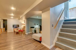Photo 17: 136 41 Avenue NW in Calgary: Highland Park Semi Detached for sale : MLS®# A1027994