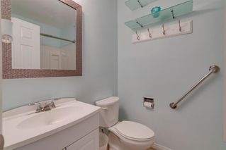 Photo 14: 136 41 Avenue NW in Calgary: Highland Park Semi Detached for sale : MLS®# A1027994