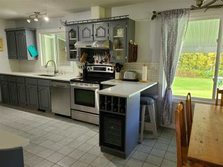 Photo 5: 4400 KNOEDLER Road in Prince George: Hobby Ranches House for sale (PG Rural North (Zone 76))  : MLS®# R2502367