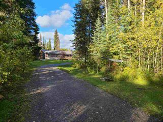 Photo 2: 4400 KNOEDLER Road in Prince George: Hobby Ranches House for sale (PG Rural North (Zone 76))  : MLS®# R2502367