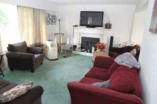 Photo 2: 2932 OLD CLAYBURN Road in Abbotsford: Abbotsford East House for sale : MLS®# R2505021