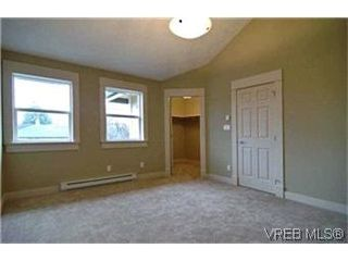 Photo 5: 156 Linden Ave in VICTORIA: Vi Fairfield West Half Duplex for sale (Victoria)  : MLS®# 421045