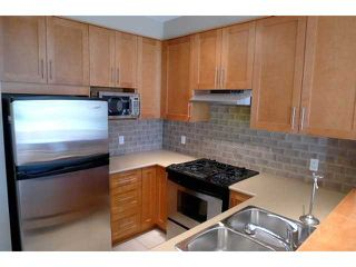 """Photo 4: 116 2083 W 33RD Avenue in Vancouver: Quilchena Condo for sale in """"DEVONSHIRE HOUSE"""" (Vancouver West)  : MLS®# V939499"""