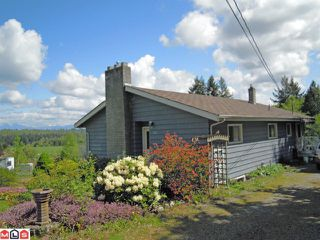 """Photo 5: 258 208TH Street in Langley: Campbell Valley House for sale in """"Campbell Valley"""" : MLS®# F1212338"""