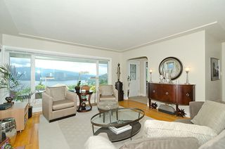 "Photo 6: 241 N SEA Avenue in Burnaby: Capitol Hill BN House for sale in ""CAPITOL HILL"" (Burnaby North)  : MLS®# V954685"