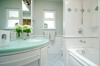 "Photo 19: 241 N SEA Avenue in Burnaby: Capitol Hill BN House for sale in ""CAPITOL HILL"" (Burnaby North)  : MLS®# V954685"