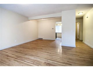 Photo 13: 62 2815 PALLISER Drive SW in CALGARY: Oakridge Townhouse for sale (Calgary)  : MLS®# C3535290