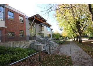 Photo 17: 928 E 20TH AV in Vancouver: Fraser VE House for sale (Vancouver East)  : MLS®# V1032676