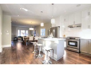 Photo 5: 928 E 20TH AV in Vancouver: Fraser VE House for sale (Vancouver East)  : MLS®# V1032676