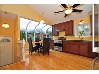 Photo 3: 812 NICOLUM CT in North Vancouver: Roche Point House for sale : MLS®# V1034924