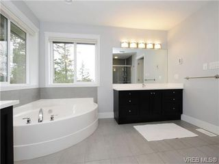 Photo 12: 903 Progress Place in : La Florence Lake Residential for sale (Langford)  : MLS®# 336352