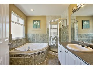 """Photo 12: 14649 76TH Avenue in Surrey: East Newton House for sale in """"CHIMNEY HEIGHTS"""" : MLS®# F1416324"""