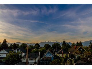 Photo 17: 769 E 14TH Avenue in Vancouver: Mount Pleasant VE 1/2 Duplex for sale (Vancouver East)  : MLS®# V1079830