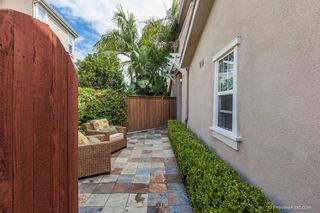 Photo 2: Residential for sale : 3 bedrooms : 5570 COYOTE CRT in CARLSBAD
