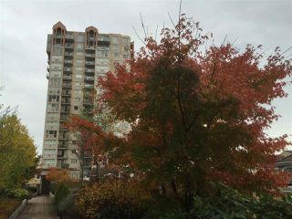 Photo 12: 1808 1 RENAISSANCE SQUARE in New Westminster: Quay Condo for sale : MLS®# R2014289