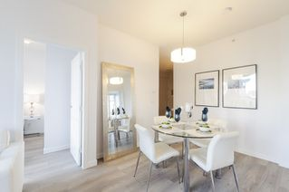 Photo 2: 2202 1239 W GEORGIA STREET in Vancouver: Coal Harbour Condo for sale (Vancouver West)  : MLS®# R2048066