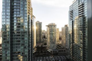 Photo 18: 2202 1239 W GEORGIA STREET in Vancouver: Coal Harbour Condo for sale (Vancouver West)  : MLS®# R2048066