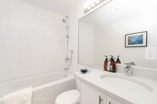 Photo 14: 2202 1239 W GEORGIA STREET in Vancouver: Coal Harbour Condo for sale (Vancouver West)  : MLS®# R2048066