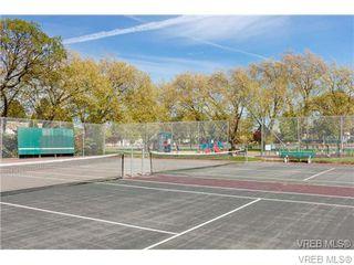 Photo 2: 305 909 Pembroke Street in Victoria: Vi Central Park Condo Apartment for sale