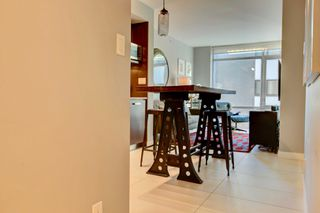 Photo 2: 1028 Barclay St, in Vancouver: Condo for lease
