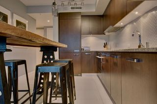 Photo 6: 1028 Barclay St, in Vancouver: Condo for lease