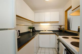 Photo 5: 4975 RIVER REACH in Delta: Ladner Elementary Townhouse for sale (Ladner)  : MLS®# R2329819