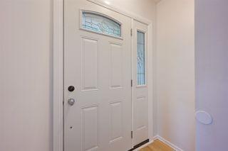 Photo 2:  in Edmonton: Zone 06 House for sale : MLS®# E4166111