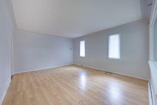 Photo 3:  in Edmonton: Zone 06 House for sale : MLS®# E4166111