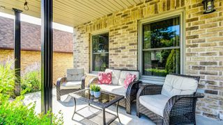 Photo 3: 364 Wilson Drive in Milton: Dorset Park House (2-Storey) for sale : MLS®# W4593394