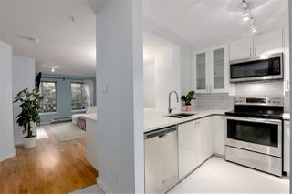 "Photo 2: 212 150 W 22ND Street in North Vancouver: Central Lonsdale Condo for sale in ""THE SIERRA"" : MLS®# R2425281"