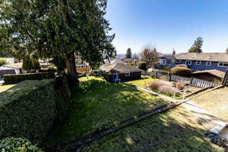 Photo 5: 4516 NEVILLE Street in Burnaby: South Slope House for sale (Burnaby South)  : MLS®# R2445841