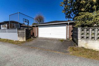 Photo 8: 4516 NEVILLE Street in Burnaby: South Slope House for sale (Burnaby South)  : MLS®# R2445841