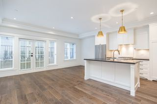 """Photo 7: 1779 W 16 Avenue in Vancouver: Kitsilano Townhouse for sale in """"Heritage by Formwerks"""" (Vancouver West)  : MLS®# R2448707"""