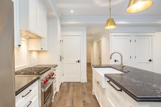 "Photo 3: 1779 W 16 Avenue in Vancouver: Kitsilano Townhouse for sale in ""Heritage by Formwerks"" (Vancouver West)  : MLS®# R2448707"