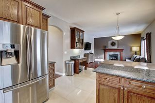 Photo 8: 1025 Hope Road in Edmonton: Zone 58 House for sale : MLS®# E4193936